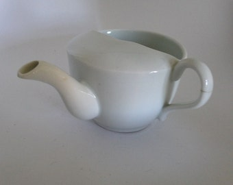 Solid White Spouted Creamer with Handle