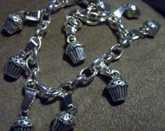 I Love Cupcakes Silver Plated Bracelet