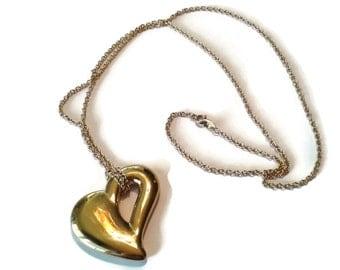 "Vintage Avon Nekclace - Gold Heart Pendant on 32"" Chain - VIN905"