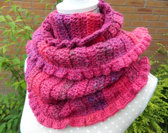 Snood in Shades of Pink