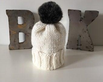 Cream Wooly Hat w. POM POM