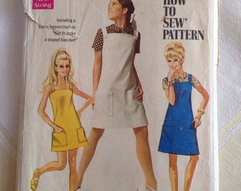 1967 Simplicity patter # 7497 Young Junior size 7/8 Jumper & Blouse
