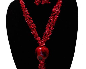 Fusia Tagua Necklace with Amazonian Seeds