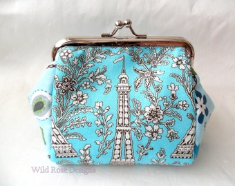 Turquoise kiss lock purse. Coin purse.