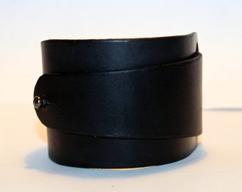 Black Leather Cuff! Black Bracelet! Great Gift!Black Cuff! Very Nice Bracelet!