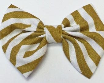 Camel Striped Bow
