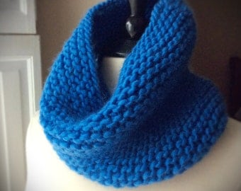 womens knit wool cowl scarf, soft neck warmer, tube scarf, tube scarf, bulky, blue