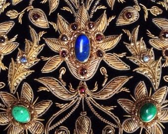 Stunning! Embroidered zardozi goldwork. Semi-precious stones. Indian needlework. Lapis lazuli and garnet purse. Embroidered goldwork.