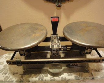 Vintage Ohaus Scales/Vintage Balance Scales/Vintage Scales/Vintage Balance Scales/Vintage Precision Ohaus Scales
