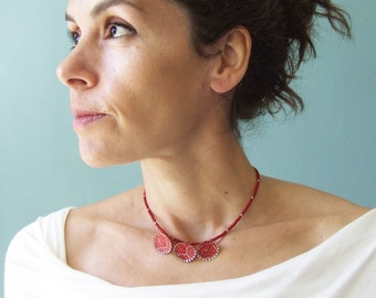 Necklace, choker necklace, first anniversary, beaded necklace, red necklace, glass beads, geometric necklace, flower necklace