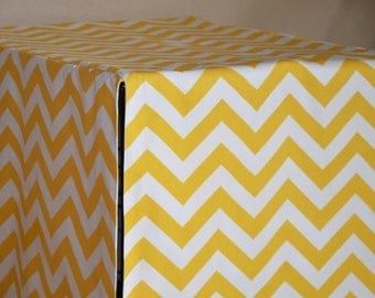ALL sizes Crate Cover, Fast Shipping, Four Sided Crate Cover with a Double Front Panel, Kennel cover in ZigZag Chevron in Yellow White