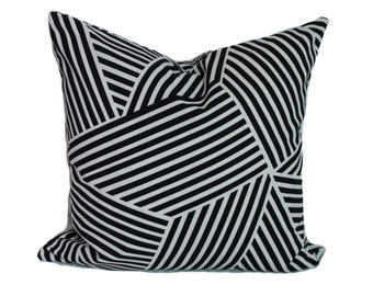 Black pillow, Pillow cover, Throw pillow, Decorative pillow, Couch pillow, Sofa cushion, 12x20, 16x16, 18x18, 20x20, 22x22, 24x24, 26x26