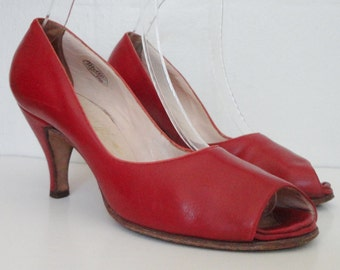 SOLD - Do Not Buy // 50s Vintage Pumps // Illum Super // Mello Shoes // Danish Design // Size 39