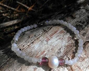 Rainbow Moonstone Flourite and Freshwater Pearl 8 Inch Adjustable Bracelet / boho style gemstone bracelet / rainbow moonstone bead bracelet