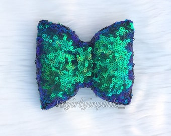 Mermaid sparkle bow