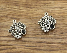 10pcs Daisy Flower Connector Charms Antique Silver Tone Garden Charms 3d 18x20mm 1304