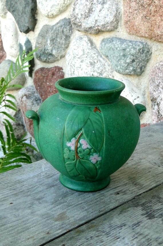 Signed Weller Pottery Velva Pattern Vase In Matt Green Vintage