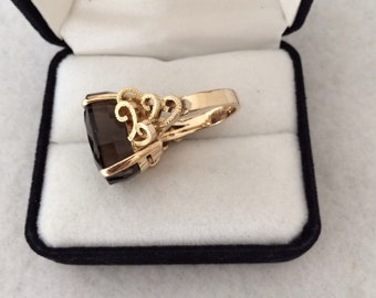 Luxury Couture 14K Fine Gold Faceted Thick Pavilion Smoky Topaz Gemstone Five Rams Horn Diamond Cut Motif Unique Heavy Ring over 16ct. Carat