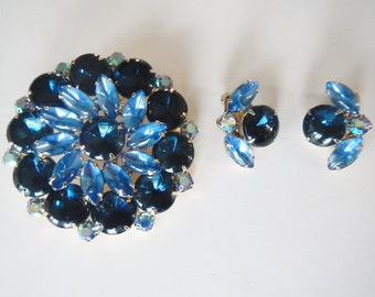 Vintage Large Blue Rhinestone Brooch Pin & Matching Earrings - 3 shades of blue  - 1960s - statement jewelry, costume jewelry, bold jewelry