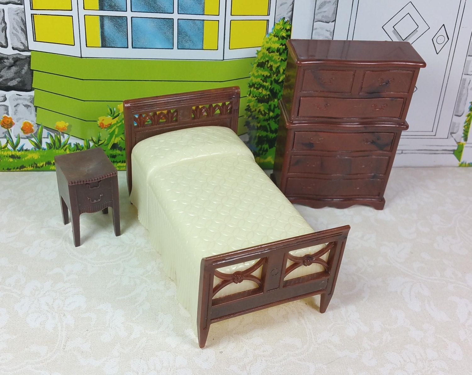 Renwal bedroom set 1950 s marked hard plastic 3 4 scale vintage metal dollhouse furniture Plastic bedroom furniture