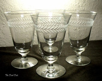 Laurel Cut Water Goblets Glass Mid Century Vintage Stemware (Set of 4)