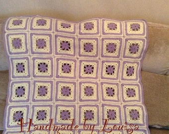 Lilac and cream cot blanket