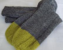 Hand knitted alpaca socks - grey/green color block