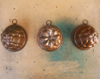 Tinned copper molds, small vintage kitchen decor pudding mold, Set of 3, wall decor, copper molds