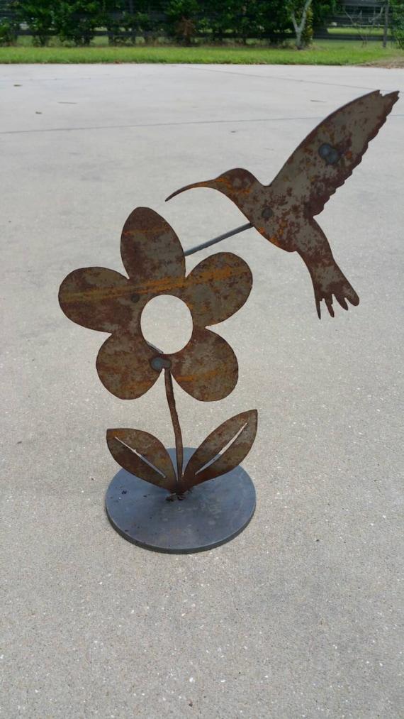 Metal hummingbird garden art