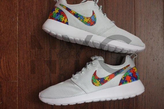 70%OFF Nike Roshe Run Grey Autism Awareness Puzzle Pieces
