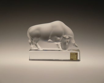 France Lalique Crystal Frosted Glass Bull Paperweight