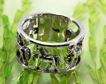 Horses  Ring 925 Silber --  6078