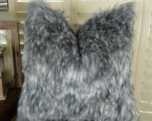 Luxury Gray Faux Fur Pillow Cover - Gray Wolf Fur Pillow - Super Soft Gray Fur Pillow  - Gray White Wolf Fur - Grey Fur - Wolf Pillow -16473