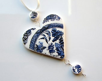 Christmas Ornament - Willow Pattern 'Heart'