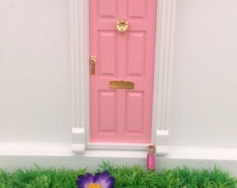 Magic tooth fairy door