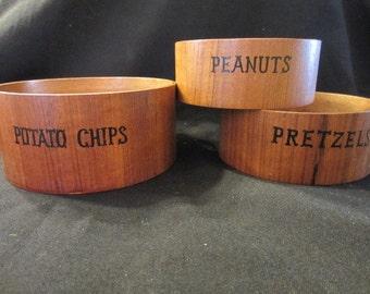 Midcentury teak nesting bowls - Potato Chips, Pretzels and Peanuts