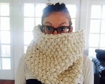 SALE // Oversized Chunky Scarf // Big Knit Scarf // Infinity Cowl // Chunky Infinity Scarf