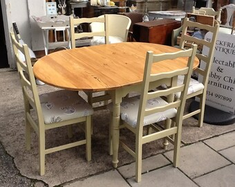 Shabby chic painted pine dining table and 4 chairs