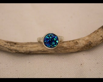 """Bague argent """"Gigi"""" 10mm bleue / """"Gigi"""" silver ring blue 10mm - anneau argent et cabochon druzy bleu 10mm / silver ring with 10mm blue druzy"""