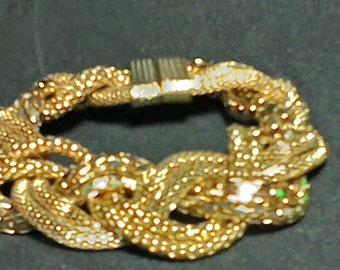 Whiting & Davis Style / Gold tone braided metal mesh bracelet with magnetic clasp