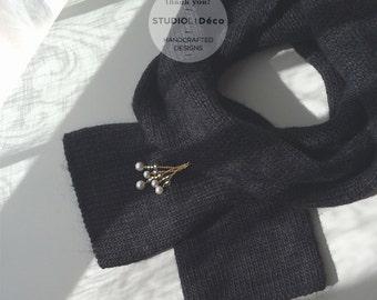 Brooch: Drops Brooch (Crystal White) - BR004 - Swarovski Crystal Pearl, Glass Bead, Brass Chain, Brass Brooch