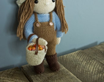 OUTFIT outdoor crocheted doll