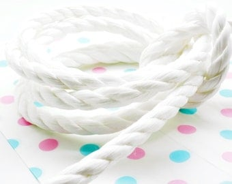 Lot of 2 meters of rope nylon 3 white strand 10 mm