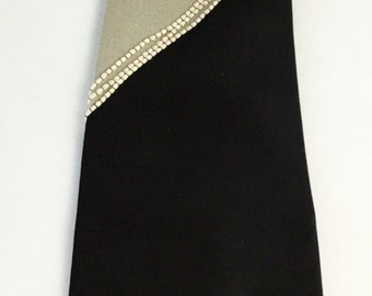 Vintage Men's Tie, Yapre Designer Necktie, Dramatic Gray and Black with Raised Cream Textured Detail