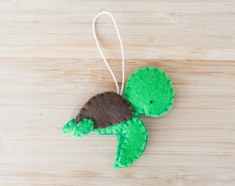 Handmade Felt Sea Turtle Ornament, Decorative Felt Animal Ornament, Felt Turtle, Nursery Decoration, Home Decor, Baby gifts, Sea Creatures