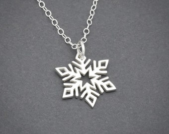 Snowflake Necklace, Sterling Silver, Silver Snowflake, Winter Jewelry, Snowflake Pendant, Christmas Necklace, Snowflake Jewelry, Snow Flake