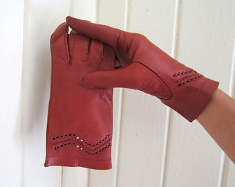Cognac Kidskin Gloves made in Italy 1960 size S