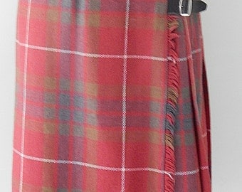 Vintage 1970's Plaid Skirt with oversized Safety Pin