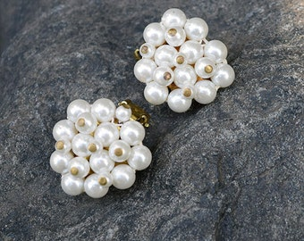 Vintage Faux Pearl Cluster Clip-on