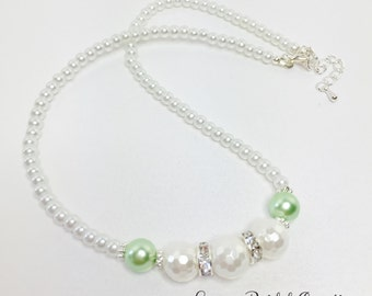White and Green Pearl Necklace Wedding Necklace Shell Pearl Jewellery Sparkly Necklace Bridesmaid Necklace Mother of the Bride Gift